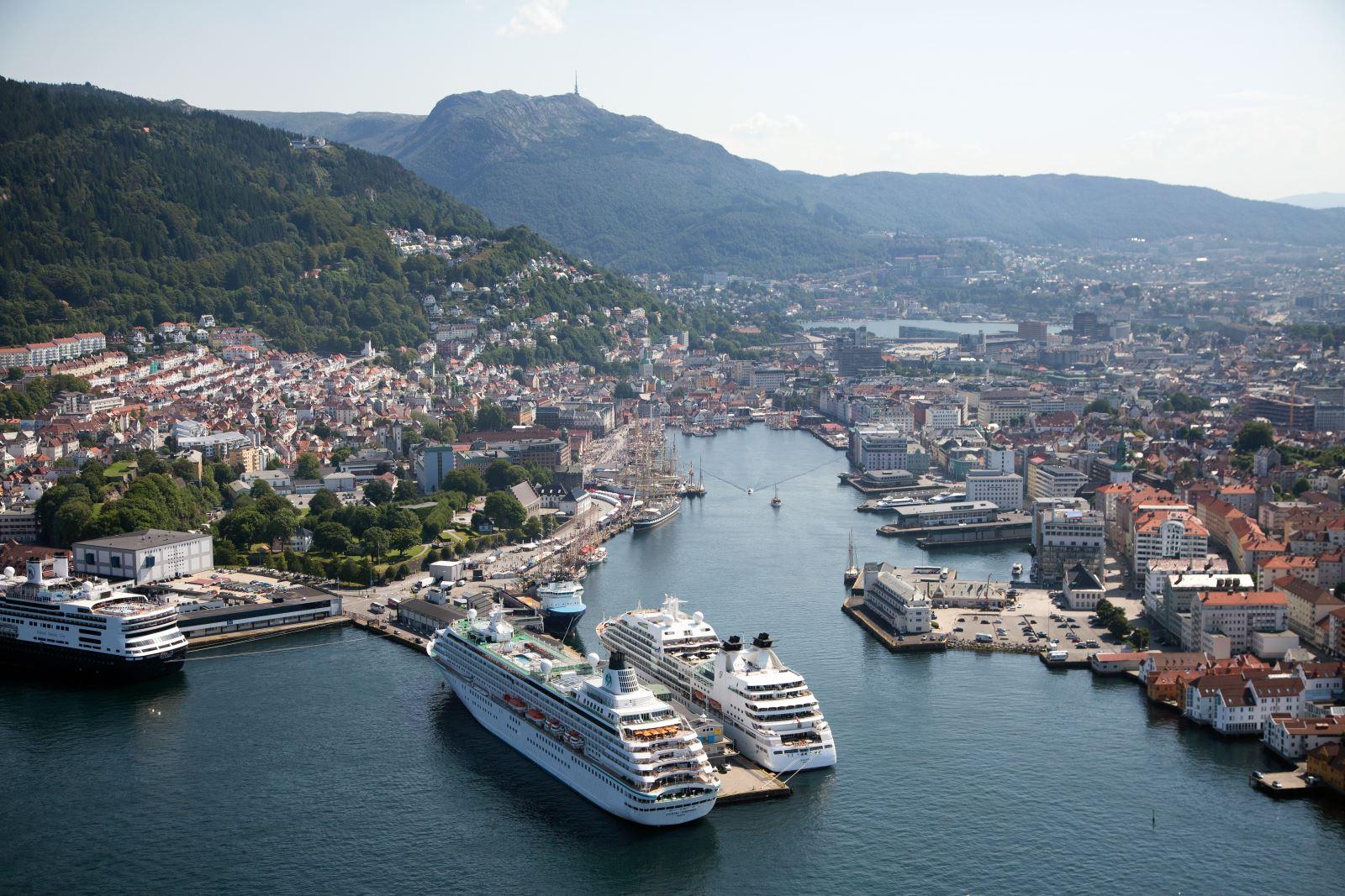 Bergen Til Stavanger Med Båt