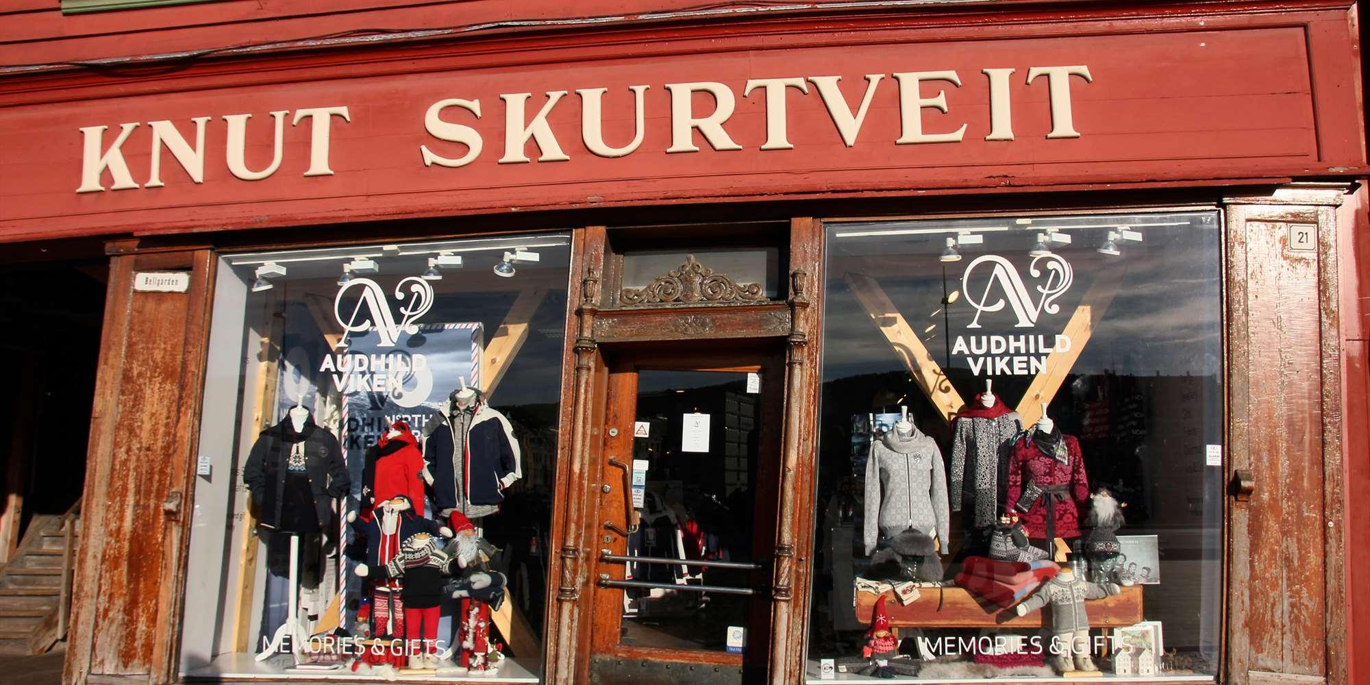 Souvenir gift shops in bergen visitbergen audhild viken negle Gallery
