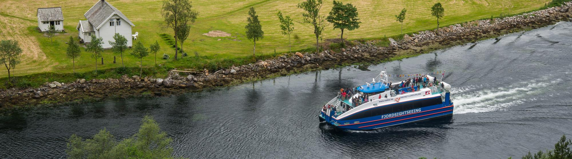 Short cruises and fjord tours
