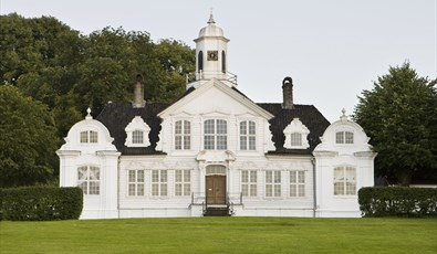 Damsgård Country Mansion