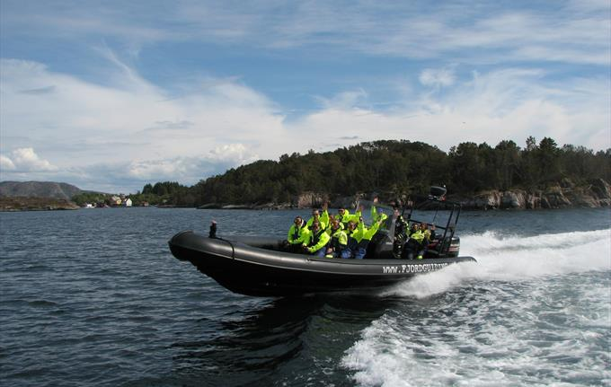 Fjord safari with RIB-boat in Bergen
